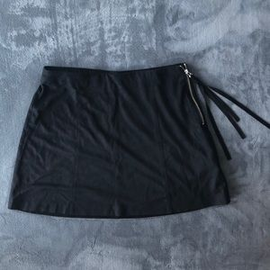 Zara suede mini skirt with tasseled zipper
